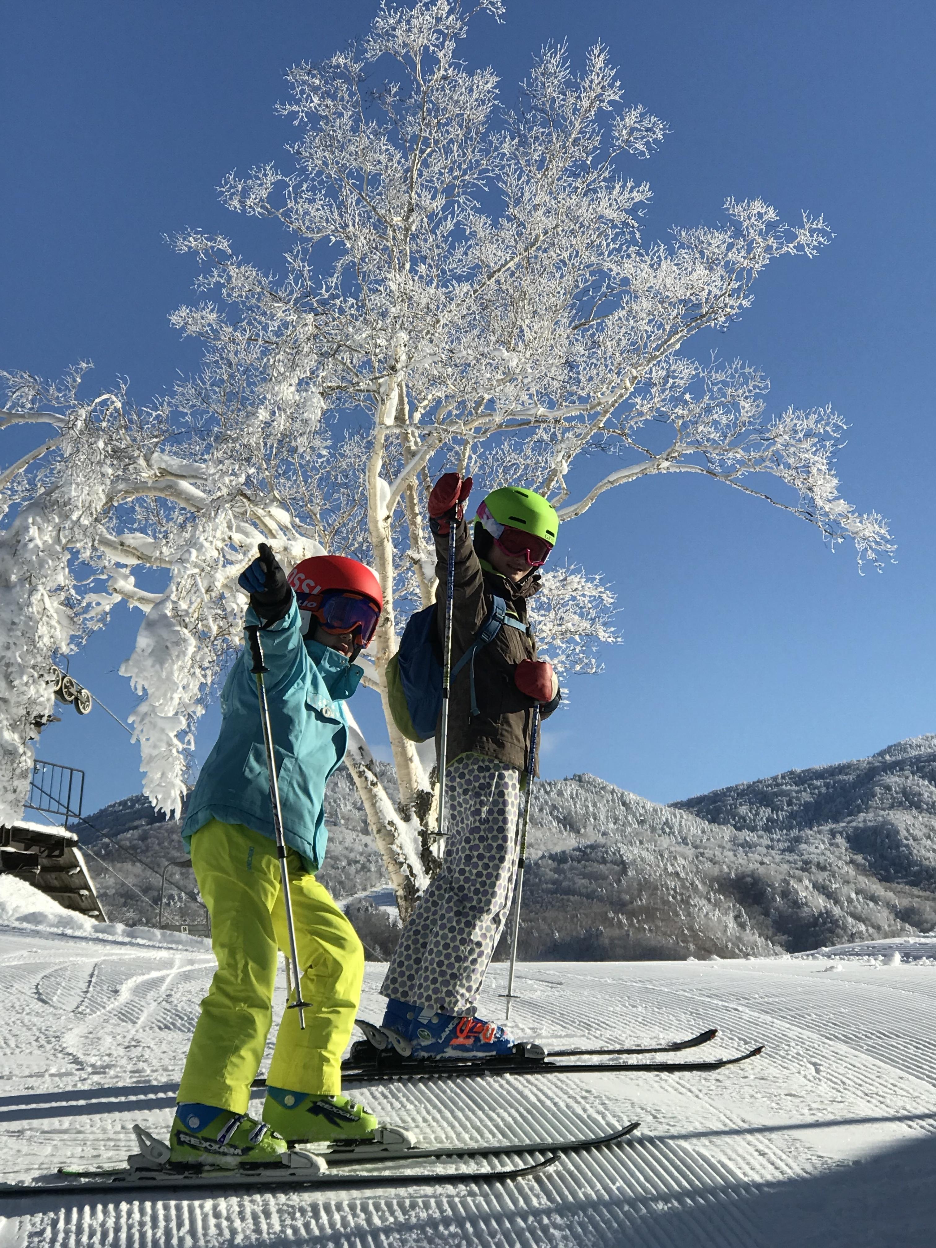 Skiing man